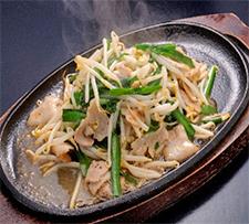 豚肉とニラ・モヤシ鉄板焼き